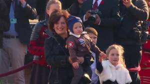 Margaret Trudeau arrives carrying grandson for Justin's swearing in ceremony