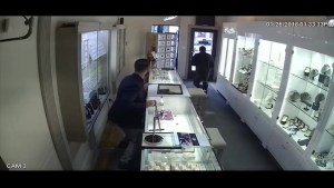 Quick thinking store owner and a crime fighting app help catch a jewelry thief