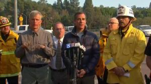 LA mayor asks residents to keep close watch of fire updates