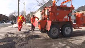 Kingston city crews busy with early potholes