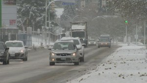 Okanagan drivers challenged by icy road conditions Friday morning