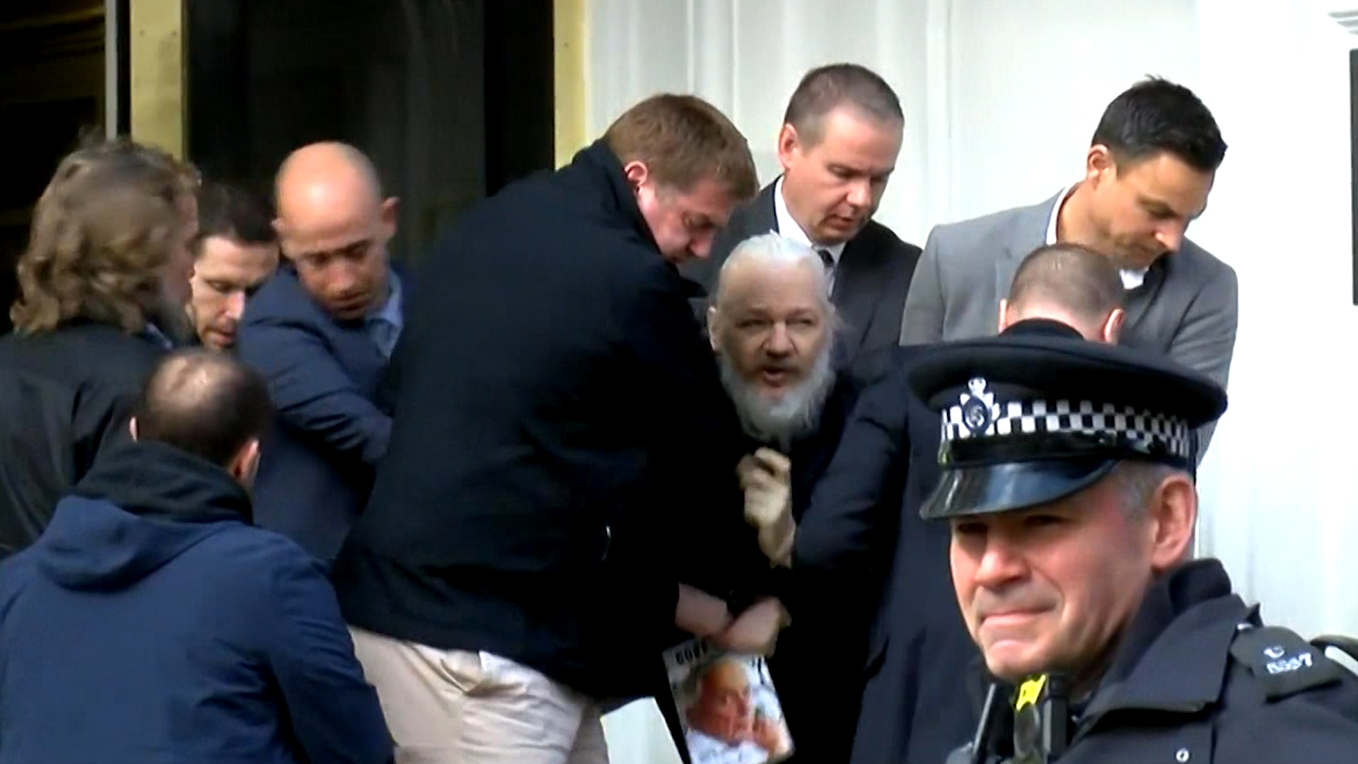 UK Labour Party calls for May to prevent Assange's extradition