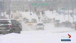 Cold weather creates difficulties for Edmonton drivers
