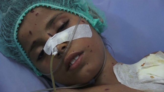 Yemeni father pleads for an end to air strikes after losing four children in renewed fighting