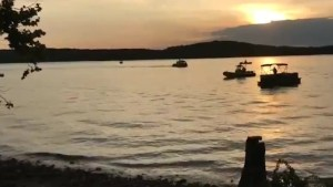 8 dead, 7 injured after duck boat capsizes near Branson, Missouri