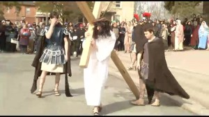 Hundreds take in Way of the Cross as youth re-enact Christ's sacrifice