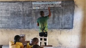 Teacher in Ghana chalks up a brilliant plan for students with no computer
