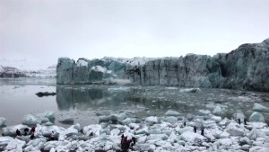 Incredible video shows tourists making a run for it after glacier collapse in Iceland