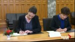 New Zealand PM signs condolence book for Christchuch victims