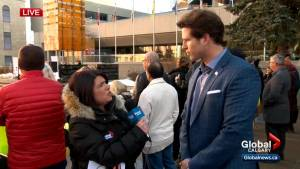 'Municipal challenge pipeline rally' held in downtown Calgary