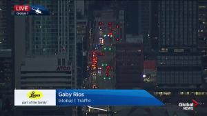 Downtown fire call closes some downtown Calgary roads
