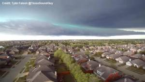 Incredible 'Green Shelf Cloud' forms after hail storms in Texas