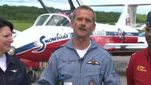 Chris Hadfield prepares to fly with Snowbirds at Gatineau air show