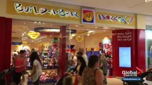 Huge crowds force Build-A-Bear to shut down Pay Your Age event