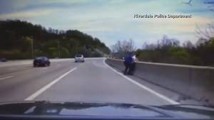 New Jersey 'hero' cop saves man from jumping off bridge (00:53)