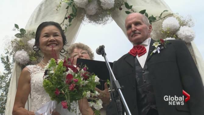 Unsuspecting okanagan bride shows up to her own surprise wedding unsuspecting okanagan bride shows up to her own surprise wedding junglespirit Gallery