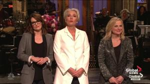 Tina Fey, Amy Poehler help celebrate Mother's Day on SNL