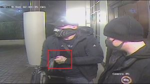 Do you recognize these Burnaby mail thieves?
