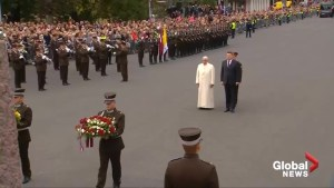 Pope visits monument to Latvian Freedom in Riga