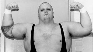 Wrestling legend King Kong Bundy dead at 61 (01:15)