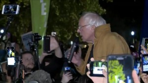 Bernie Sanders lends his voice to Dakota Access Pipeline protests