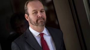 Former Trump campaign aide Rick Gates testifies he committed crimes with Paul Manafort