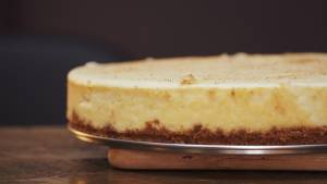 Mouth-watering eggnog cheesecake