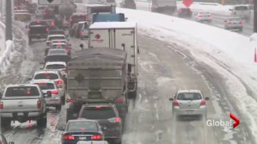 Snowstorm Moves In Across Metro Vancouver Monday Causing A Messy