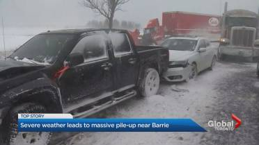 More than 70 vehicles involved in collision on Hwy  400 near Barrie