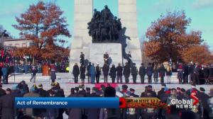 People honour those who died in wars with Act of Remembrance in Ottawa
