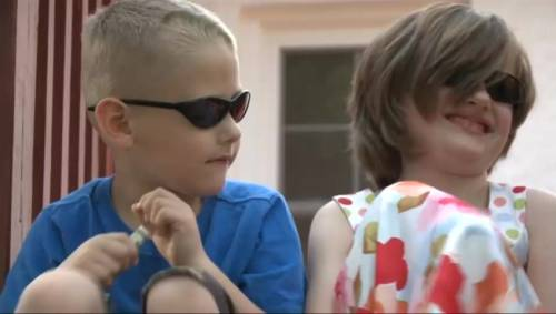 Blind kids, 6 and 7, call 911 and perform CPR after mom