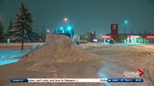 Edmonton snow creates treacherous conditions for drivers