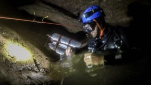 B.C. man who helped in Thai cave rescue sits down with Global News