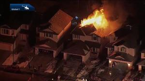 Family escapes southeast Edmonton house fire