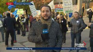 High schoolers protest CAQ's religious symbols ban