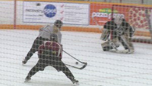 Sisters to suit up for Manitoba Bisons at national women's hockey championship