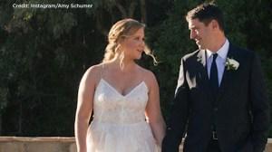 Comedian Amy Schumer secretly weds boyfriend Chris Fischer