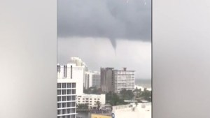Tornado appears to form over Fort Lauderdale amid Hurricane Irma