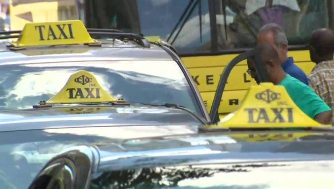 Canadian Cab Guelph >> $410M lawsuit filed against Uber in Ontario | Globalnews.ca
