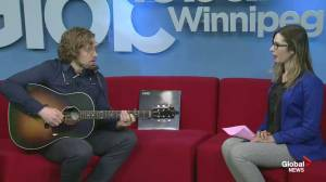 Canadian singer Darcy Windover opens for Kiefer Sutherland