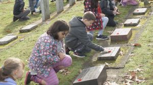 B.C. students and community groups honour fallen soldiers at 'No Stone Left Alone' ceremony