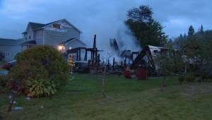 Family escapes early morning fire in Middle Sackville