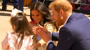 Thousands welcome Prince Harry and Duchess of Sussex Meghan at Sydney Opera House