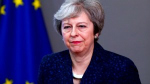Theresa May rejects Brexit customs union compromise