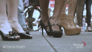 """Toronto City Councillors try on high heels for """"Walk a Mile in Her Shoes"""" event"""