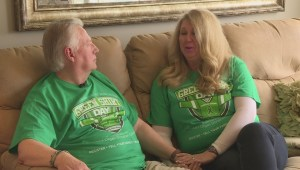 Okanagan transplant recipient celebrates Green Shirt Day in honour of Humboldt Broncos crash victim