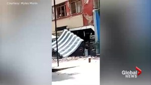 Video shows scary moments before, after earthquake strikes Mexico City