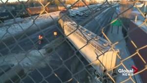 Train derailment blocks traffic in Lethbridge