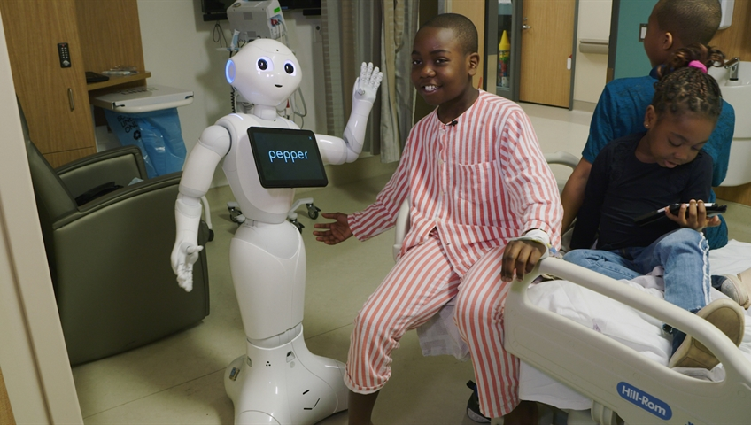 Meet Pepper Canada S First Emotionally Sensitive Robot For Sick Kids Globalnews Ca