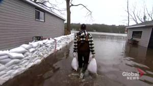 Residents of Ottawa community continue to deal with flooding, find ways to protect homes